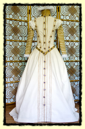 Spanish 16th century costume